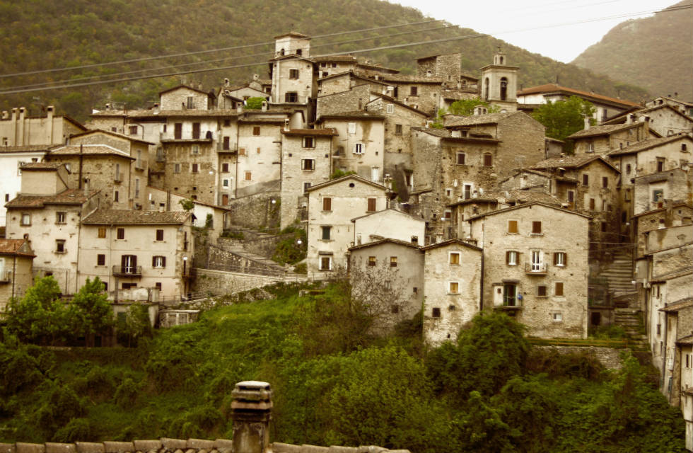 Sepia photo of Scanno, Abruzzo taken on Italian Provincial Tours' Boutique Abruzzo Tours