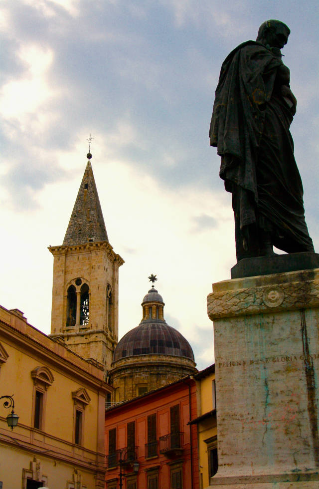 Icons of Sulmona in Abruzzo, Italy. Discover Abruzzo with Italian Provincial Tours' Italy travel tours