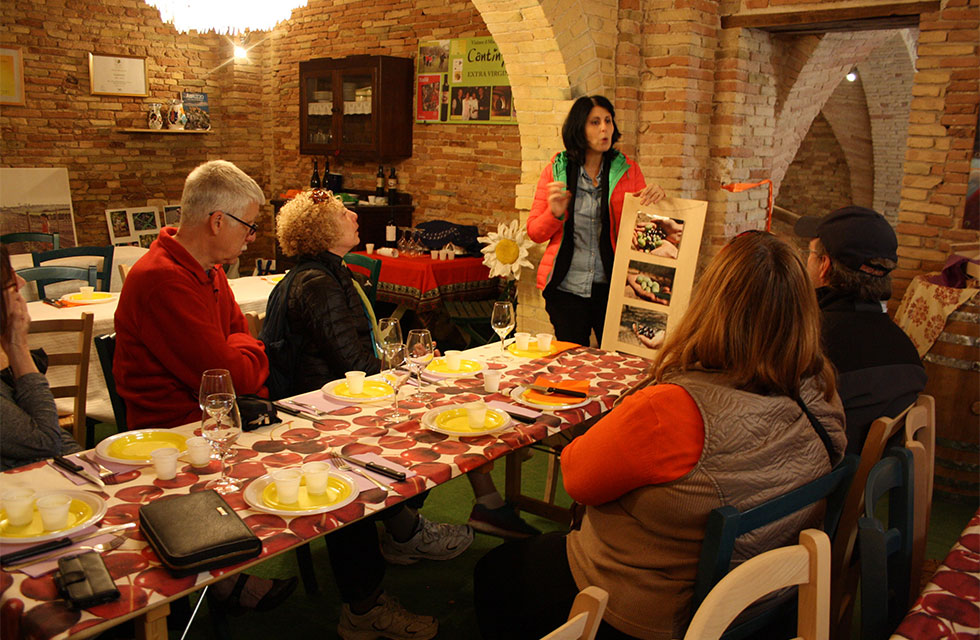 olive oil tasting Italy food tours