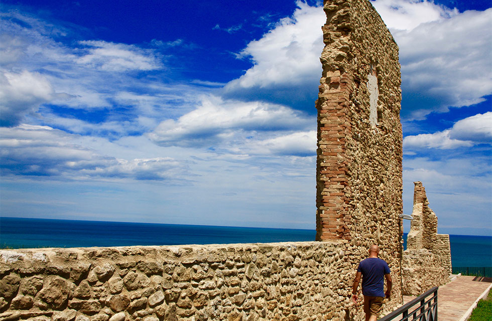 Travel Italy and see the Adriatic Coast with Italian Provincial Tours