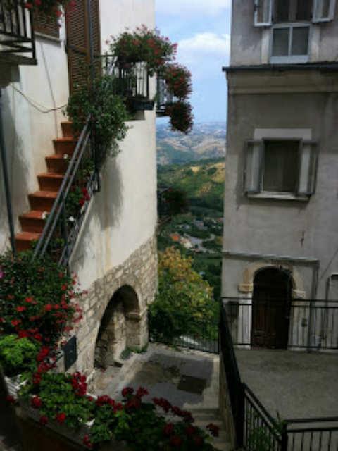 Day Tour Abruzzo Italy