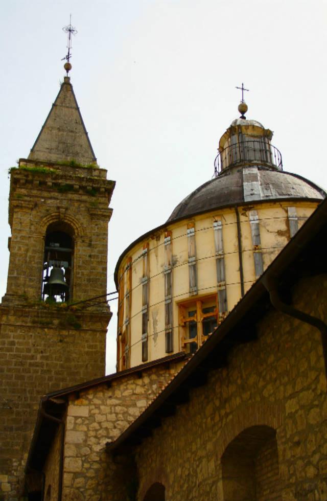 Chiesa di San Domenico in Cocullo - Abruzzo Tours Italy