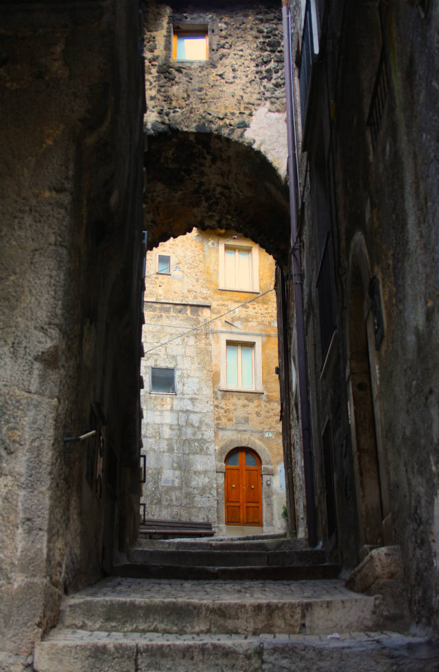 High archway in ancient Scanno, discover the real Italy on Italian Provincial Tours boutique Italy tours