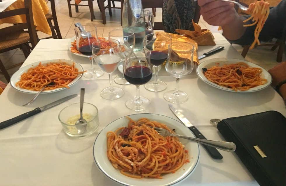 Pasta-alla-chitarra-Abruzzo-Tour