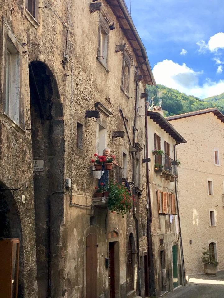 Scanno-village-touring-Abruzzo-Italy
