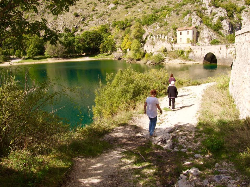 Abruzzo-tour-hiking