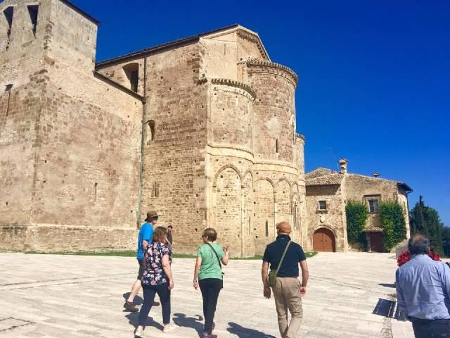 small-group-tours-of-Abruzzo