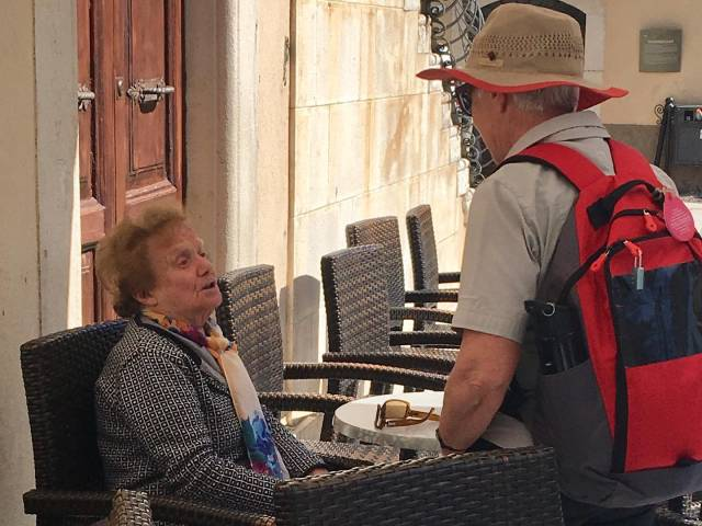 meet-the-locals-on-tour-in-italy